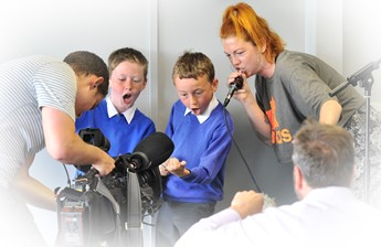 Children in Beatboxing workshop with Grace Savage